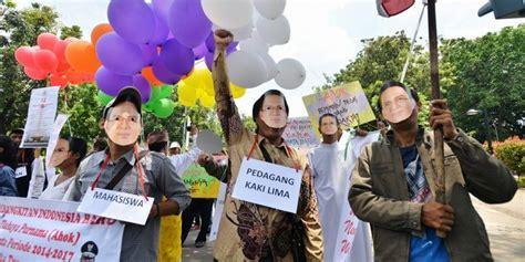 ahok leadership after the bigot mobs real jakarta shows its face ahok