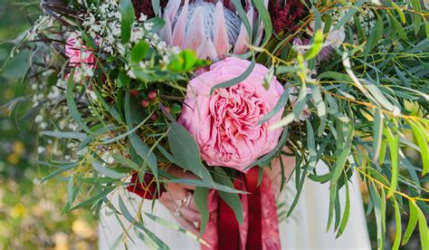 Wedding Bouquet Quiz by What S Your Wedding Bouquet Style Weddingwire