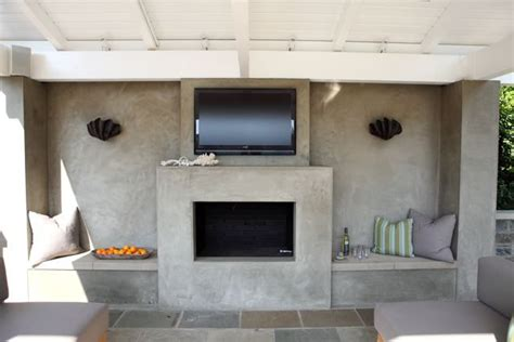 smooth stucco fireplace dig fireplaces   stucco fireplace home decor built  seating