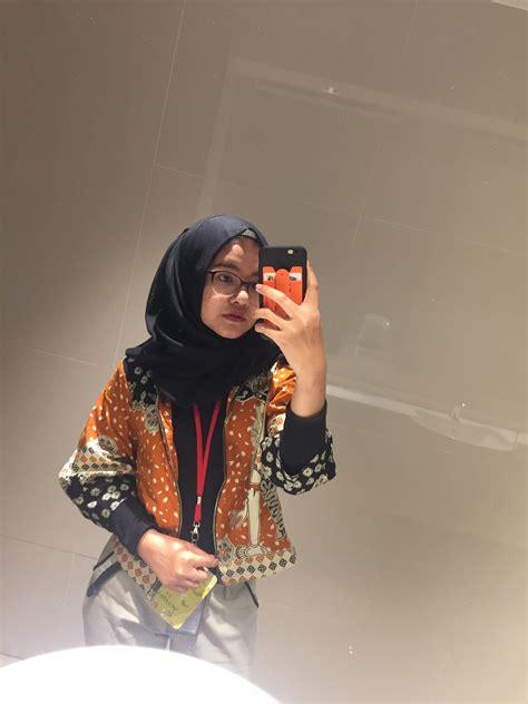 batik ootd hijab