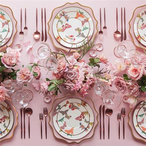 25  best ideas about Pink Table on Pinterest   Pink