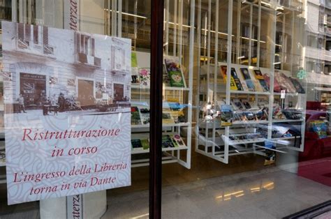 libreria policlinico bari foto la libreria laterza si restringe 1 di 6 bari