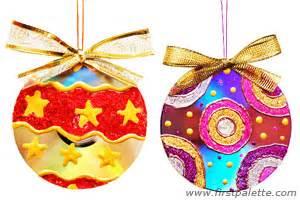 christmas decoration using cd holliday decorations