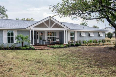 joanna and chip gaines house fixer upper a coastal makeover for a 1971 ranch house