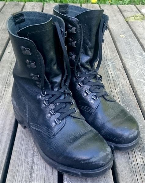 photo boots army boots army military  image