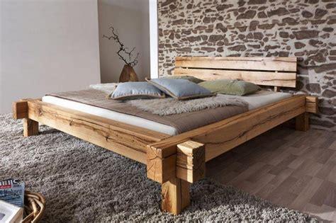 bett aus holz massivholz balkenbett 200x200 bett rustikal doppelbett