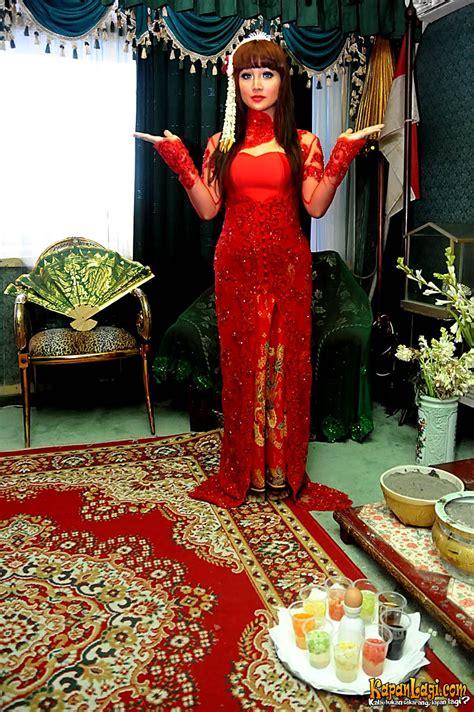 Kanjeng Dewi Set 4 foto selebritis yang membawa nama kanjeng ratu kidul kapanlagi