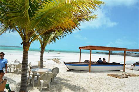 Tiki Bar Turks And Caicos Bugaloo S Turks And Caicos