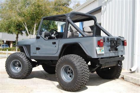 Yj Jeep Accessories Jeep Yj Wrangler 4x4 4 2l Inline 6 Cylinder Grey Black