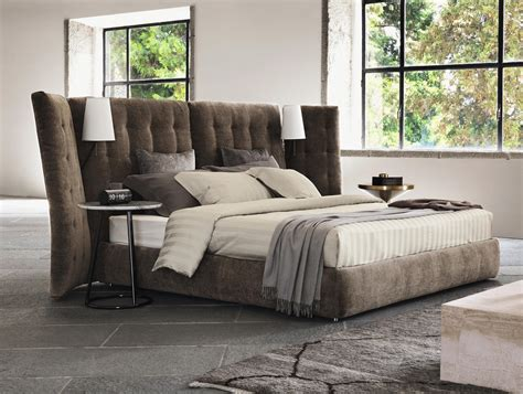 angle quilted headboard beds from flou architonic - Futon Kopfteil