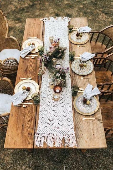 table runner ideas  wedding receptions