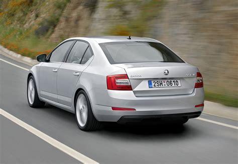 skoda octavia hatchback 2013 driving performance