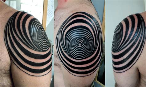 circle tattoo geometric circle on shoulder