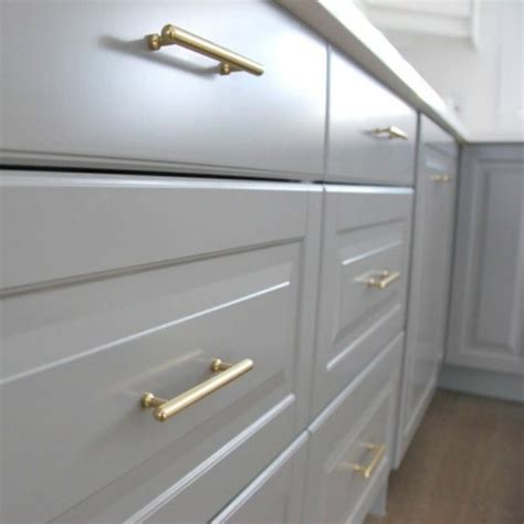 Amerock Kitchen Cabinet Pulls by How To Choose And Install Gold Hardware Pulls In Your