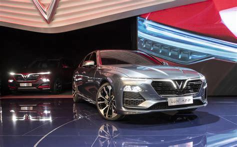 vietnams vinfast launches  paris auto show  pair