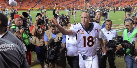 peyton manning locker room peyton manning gives hilarious locker room speech after win chiefs business insider