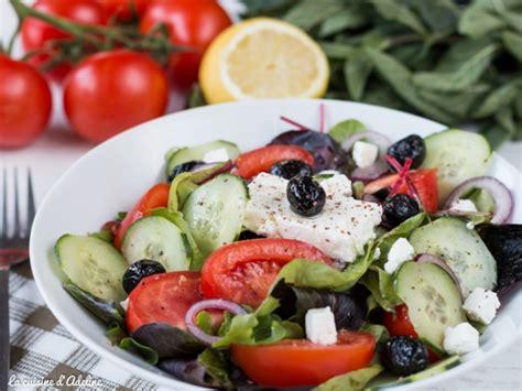 recette de cuisine rapide et facile a faire salade grecque tomate concombre olive f 234 ta la