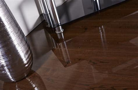 Vintage Oak High Gloss Laminate Flooring