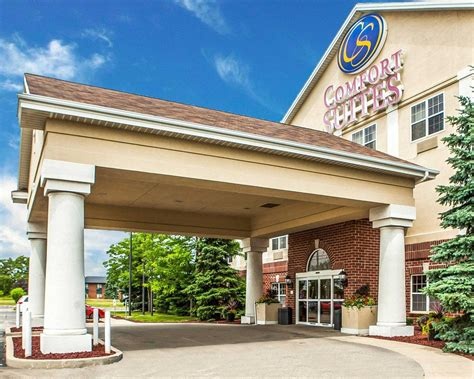 comfort inn milwaukee airport comfort suites milwaukee airport in oak creek wi 520
