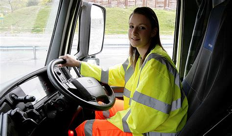 Trucker Working Class 1 class 1 trer required gateway transport scotland lincolnshire s and vacancies