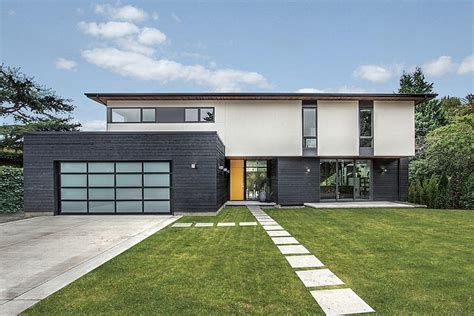 house modern design simple simple geometry revealing a complex interior scheme teh