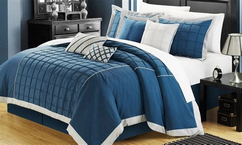 8 oversized pintuck hotel collection comforter set