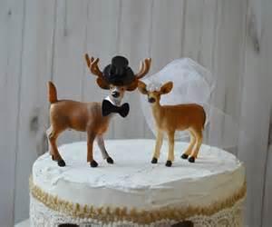 buck and doe wedding cake topper buck and doe and groom deer wedding cake by theprincesprops