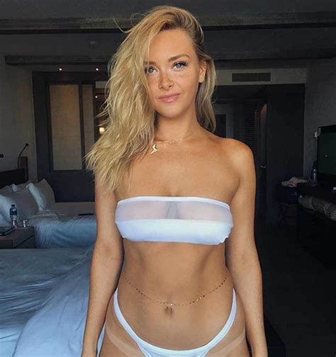 camille kostek dishes on cheerleading modeling and acting camille kostek cheerleader de los new england marca com