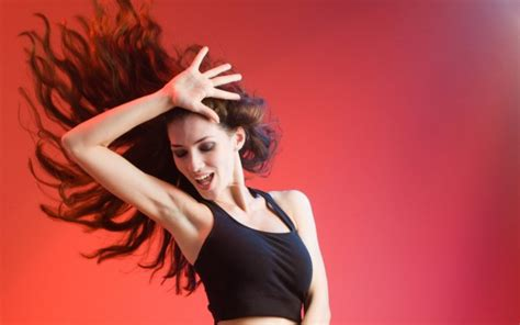 wallpaper girl dance dancing girl wallpaper hd pictures one hd wallpaper