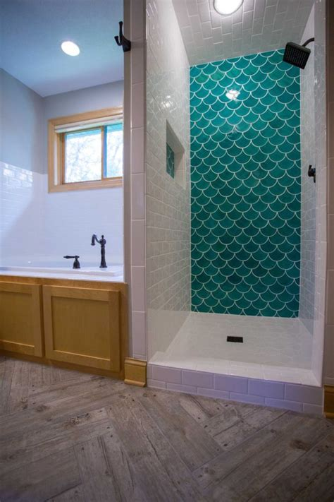 fish tiles bathroom 17 best ideas about wood look tile on pinterest wood