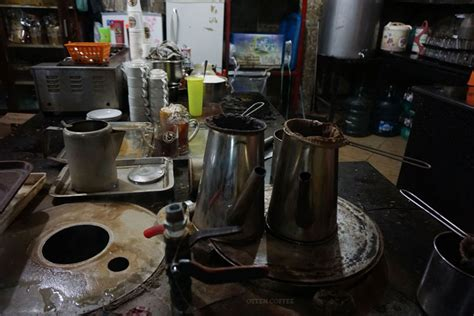 Massa Kok Tong Bubuk Kopi mencerup sejarah di caf 201 kok tong siantar majalah otten coffee