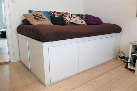 kissen für kopfteil bett hochbett selber bauen mit schrank