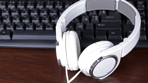 Headphone Keyboard How To Stop Windows From Automatically Reducing Volume