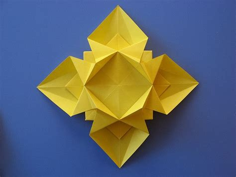 Origami With Copy Paper - fiore o stella 3 flower or 3 origami from one