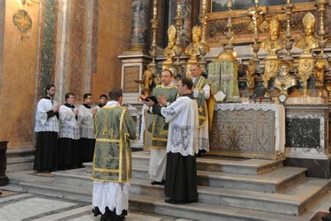 where does a st go solemn mass wikipedia