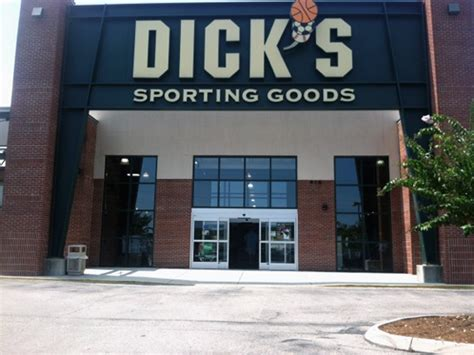 s sporting goods store in wilmington nc 202