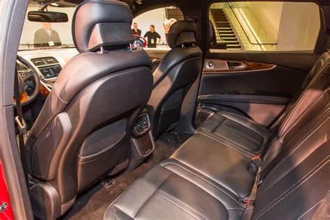 Lincoln Mkz Hazelnut Interior by Inside The 2016 Lincoln Mkx 29 Photos News Cars