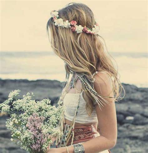hairstyles for long hair at the beach 20 beach wedding hairstyles for long hair hairstyles