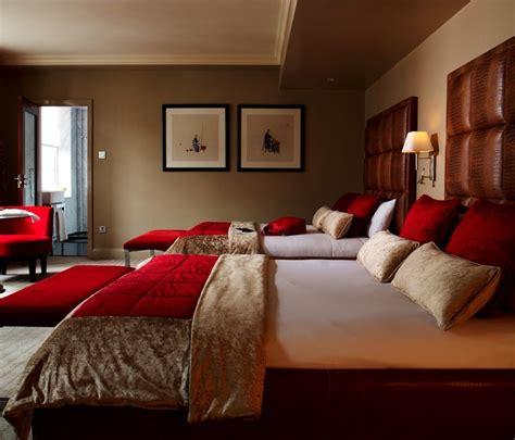 luxury hotel rooms suites london   fair hotel