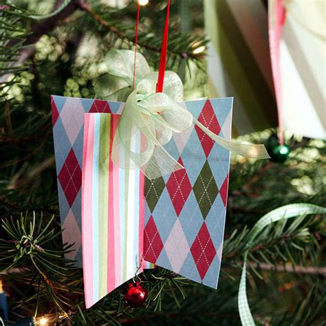 Make Paper Tree Ornaments - paper crafts ideas make your own colorful tree