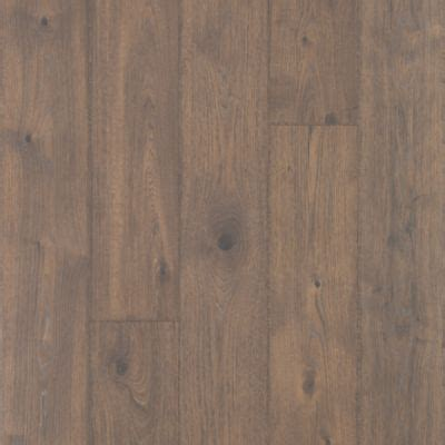 Elegantly Aged, Bungalow Oak Laminate Wood Flooring