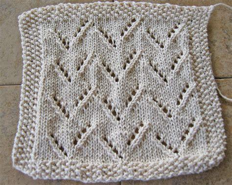 zig zag dishcloth knitting pattern zigzageyelet1