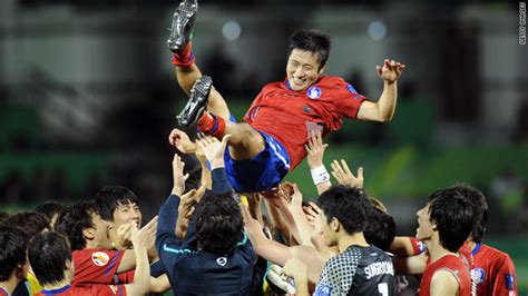 uzbek football fans south korea take third place at asian cup cnn com