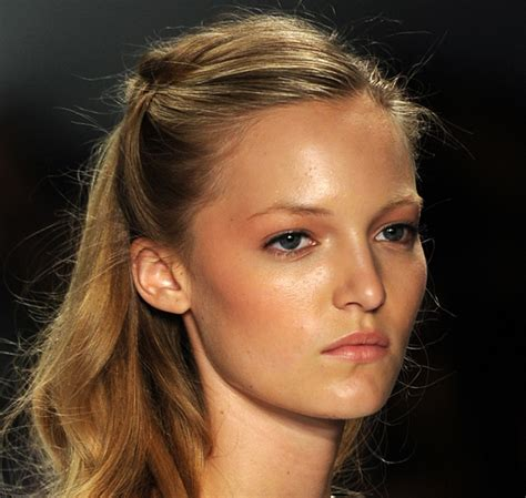top 1015 summer hairstyles top 5 summer hairstyles popsugar beauty australia