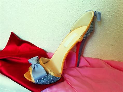 How To Make A High Heel Shoe Out Of Paper - fondant shoe tutorial grated nutmeg