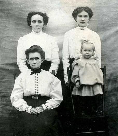 fotos de la verdadera familia del conjuro historia real de la mu 241 eca anabelle de la pel 237 cula el conjuro