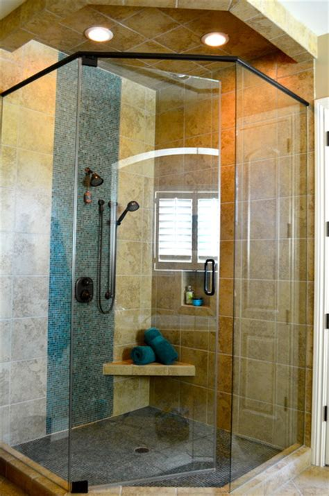 Oversized Walk In Showers Oversized Walk In Shower With Glass Tile Detail