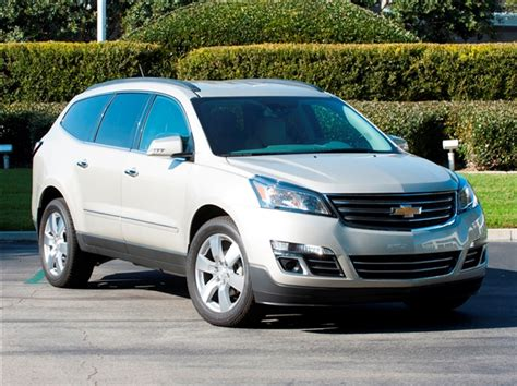 chevrolet family cars 12 best family cars 2014 chevrolet traverse kelley blue