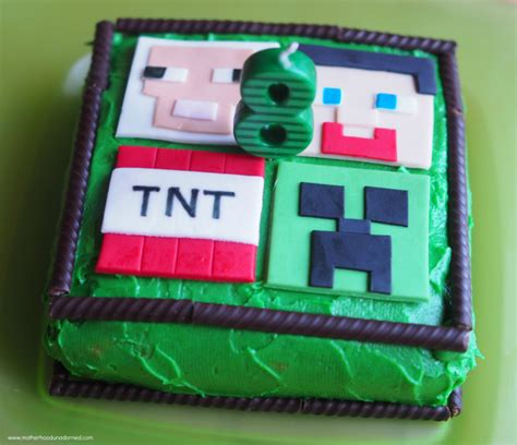 Home Designs Ideas by Minecraft Party Ideas Cake Cupcakes Party Favors