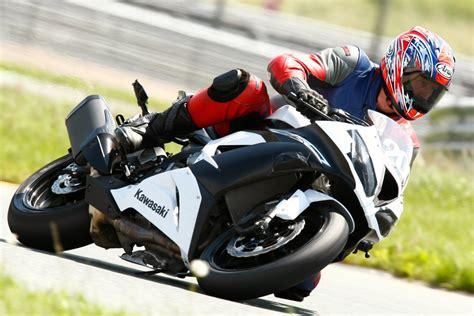 Motorrad Rennstreckentraining by Rennstreckentraining